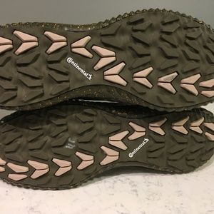 adidas Shoes - Adidas AlphaBounce Zip Collegiate Burgundy